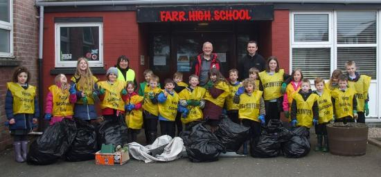 Photograph of Farr Kids Clean Up